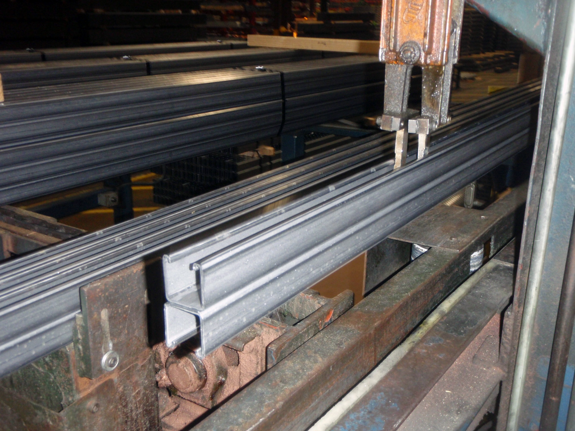Strut welding and stacking